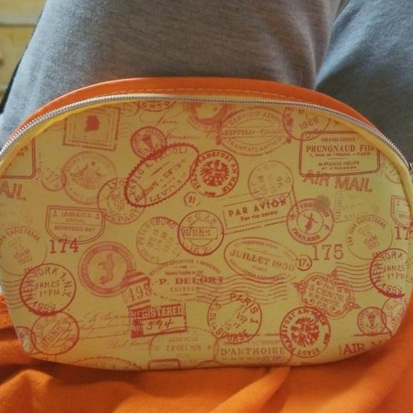 ipsy Handbags - Makeup bag
